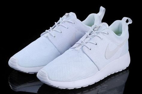How to Clean White Mesh Shoes FT | How to clean white shoes