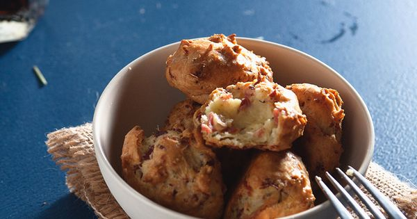 Prosciutto, Rosemary, & Thyme Gougeres | The Tart Tart | Appetizers ...