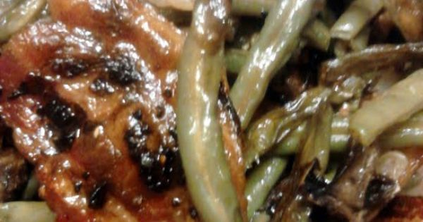 ... fresh blanched green beans, added mushrooms and baked. and OMG! i love