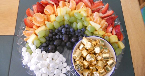 Cute rainbow snack tray.
