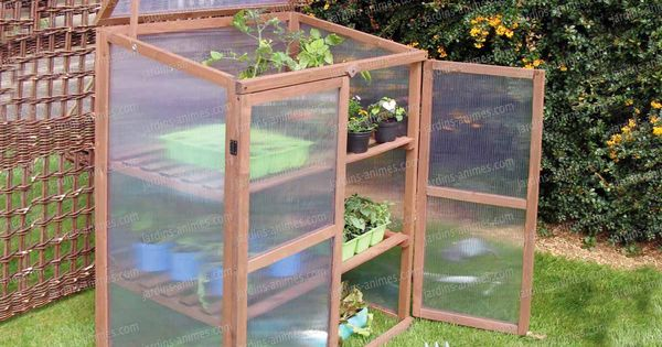 petite serre de balcon terrasse en bois gardens greenhouse plants and plants. Black Bedroom Furniture Sets. Home Design Ideas