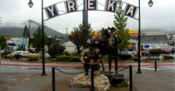 Yreka Ca June 20 Gold Rush Day Small Town America Arch