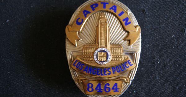Los Angeles Police Retired Badge Series 6 1960 S Captain Badge Entenmann Rovin Lapd Badge Police Police Badge