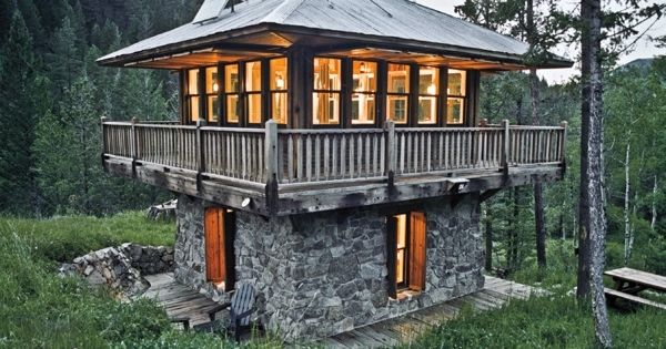 Stone Two Story Lookout Small Cabin 1631 Casa S