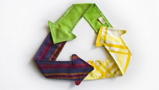 Winning Bins Nyc S Textile Recycling Scheme A Success Textile Recycling Sustainable Fashion Sustainable Fabrics