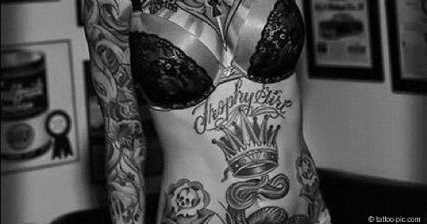 blumen kronen ganzk rper tattoo frau tattoo pics tattoo bilder tattoo gallerie tattoo. Black Bedroom Furniture Sets. Home Design Ideas