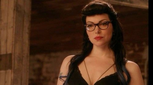 Laura Prepon From Orange Is The New Black Costumes With Glasses Womens Glasses Orange Is The New Black