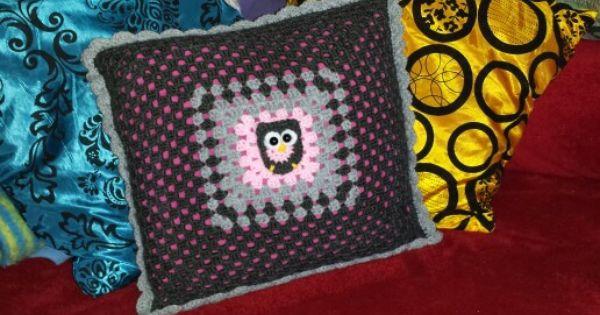 eulen granny kissen h keln pinterest. Black Bedroom Furniture Sets. Home Design Ideas