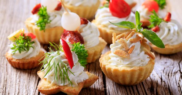 Canapes de blue cheese y nuez recipe mesas blue for Blue cheese canape