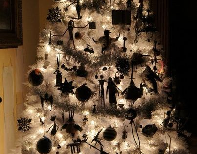 Nightmare Before Christmas, Christmas tree. Halloween tree?