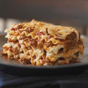 Simply Lasagna With Ground Beef Part Skim Mozzarella Cheese Part Skim Ricotta Cheese Kraft Grated Parmesan Simply Lasagna Easy Lasagna Recipe Lasagna Recipe