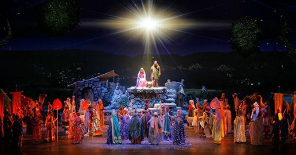 Radio City Christmas Spectacular Tickets Off Broadway Shows New York Newyork Com Christmas Spectacular Radio City Music Hall Radio City