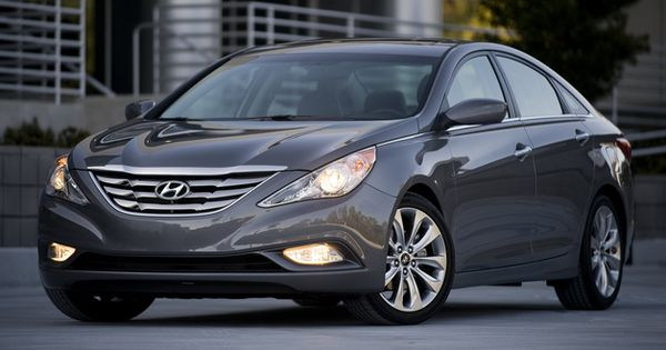 2011 Hyundai Sonata In Dark Blue With Dark Grey Leather