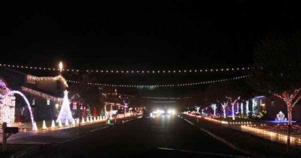 2015 Gilbert Az Holiday Christmas Lights Display Phoenix Az Real Estate Christmas Light Displays Christmas Lights Christmas Holidays