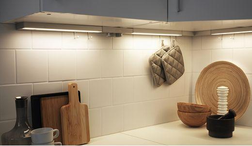 Integrerad belysning för köket ger stämningsfullt kök