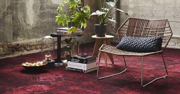 Vintage tapijt in diepe warme toon op toon kleuren for Bart vos interieur