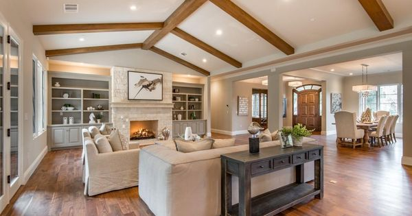 Great Traditional Living Room With Cathedral Ceiling Box Ceiling Cathedral Ceiling Living Room Traditional Living Room Vaulted Living Rooms