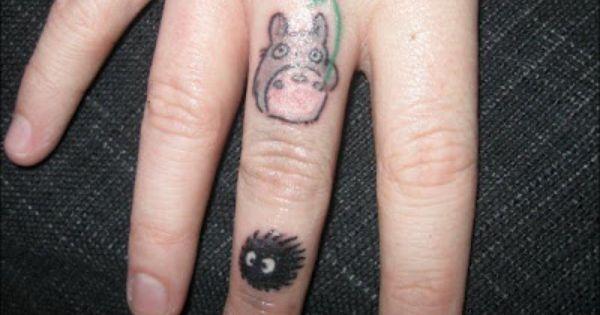 Como Acabar Con Las Ratas En El Campo Soot Sprite And Little Totoro Finger Tattoo Studioghibli Finger