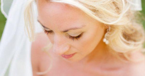 Bridal headband, in pearls or rhinestones with hair half up, half down