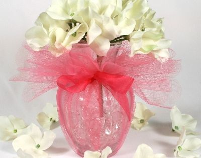 Simple And Pretty Center Pieces Vases Filled With Crystal