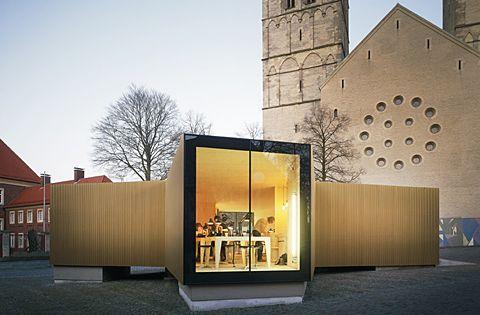 tempor re werkstatt in goldenem gewand st dtebau architektur und gewand. Black Bedroom Furniture Sets. Home Design Ideas