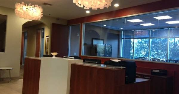 Another great install of In2Design's reception desk at Regus Kierland Commons in Scottsdale ...