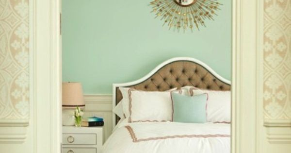 Mint walls + Gold Accents color scheme