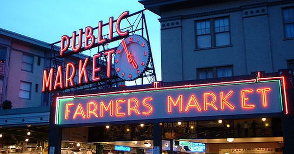 Pike Place Market in Seattle -the ultimate Farmer's Market