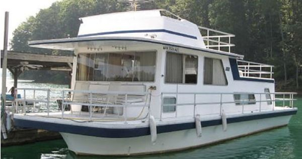 1985 gibson houseboat 44 39 very good condition for the home pinterest real estate and. Black Bedroom Furniture Sets. Home Design Ideas