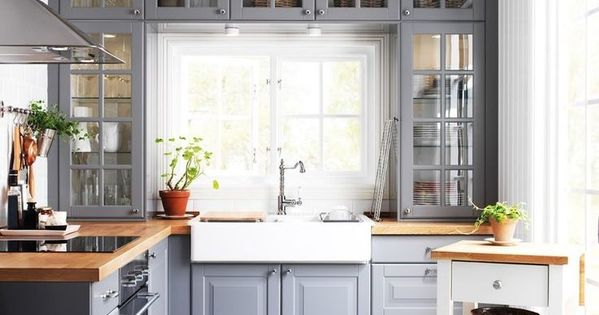 20 Beautiful Kitchens With Butcher Block Countertops ...