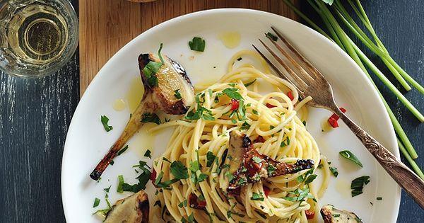 Spaghetti with Chili & Artichokes food recipe