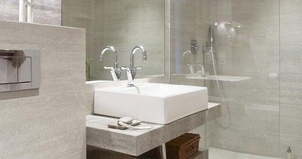 Modernes bad walk in dusche glaswand wandfliesen