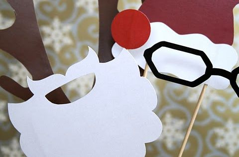 Photo props for a Christmas party - Christmas Photo Booth