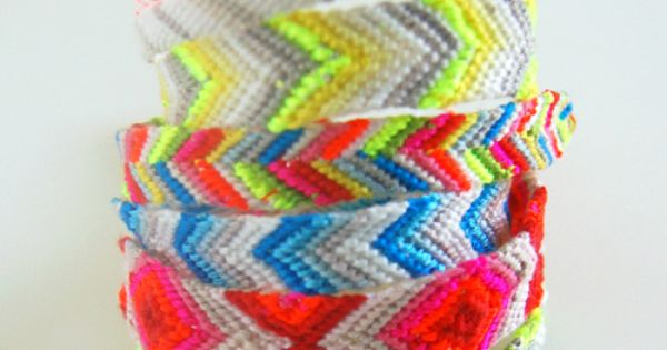 5 different friendship bracelet patterns by The Purl Bee - Knitting Crochet