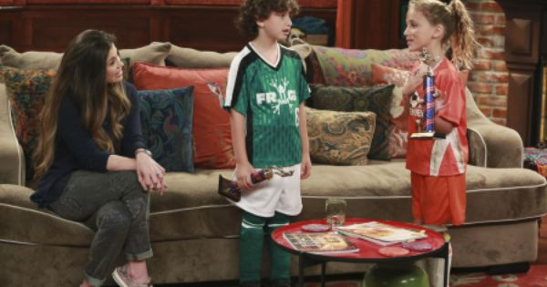 girl meets sludge watch 'girl meets world' is finally back and, better yet, the series' second season is kicking off with a 'premiere week' event featuring a new episode every day.