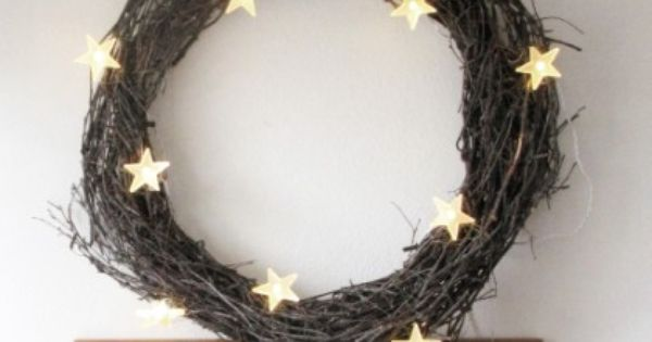 Simple wreath with star lights