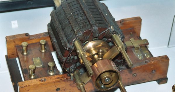 Tesla 39 s ac induction motor is one of the 10 greatest for Who invented the electric motor in 1873