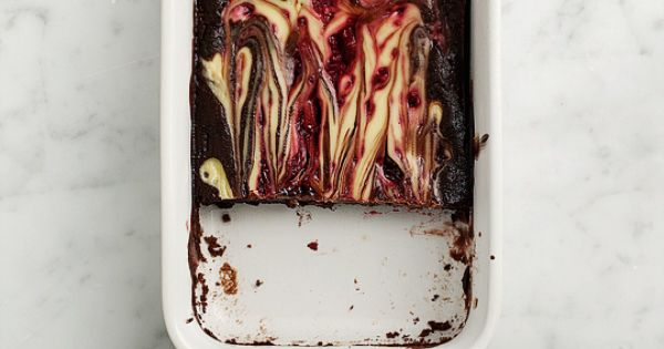 raspberry & goat cheese swirl brownies. (gluten free & vegan option)