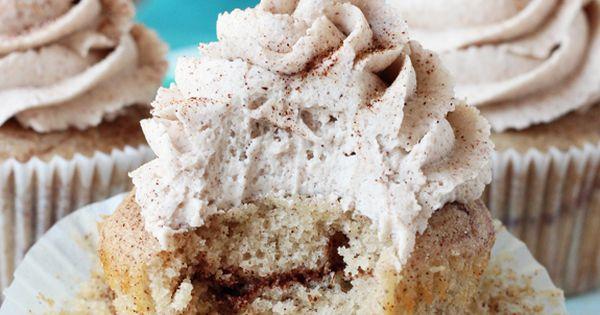 Cinnamon Sugar Swirl Cupcakes - layers of cinnamon swirled in the cupcake