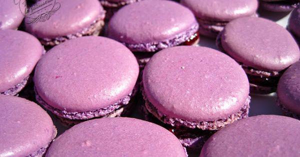 macarons la m re recipe blackberries macarons and desserts. Black Bedroom Furniture Sets. Home Design Ideas