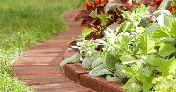 Jardines con canteros de ladrillos jardin pinterest for Canteros de jardin