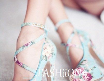 these are so pretty! floral is a must when it comes to
