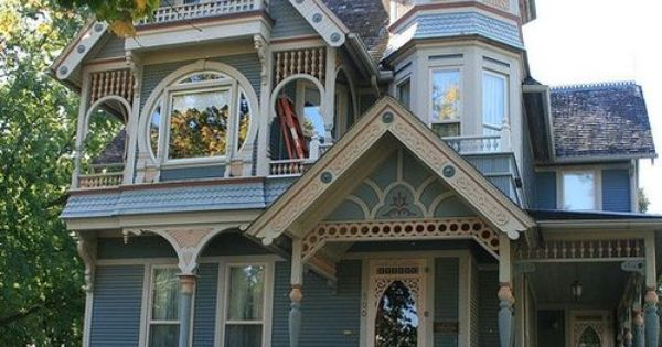 Queen Anne With Turret Drama Classic Homes Pinterest Queen