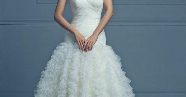 Robe de mariée NOUVELLE COLLECTION Tati Mariage 2015. En voir plus ...
