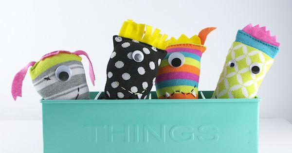 Manualidades para ni os 4 mu ecos con calcetines - Hacer munecos con calcetines ...