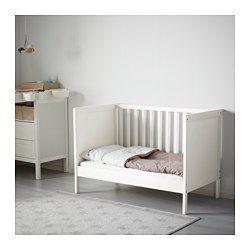 SUNDVIK Lit bébé, blanc, 10x10 cm - IKEA  Lit bébé ikea, Lit