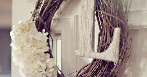 White Flowers & Twine Monogram Wreath Idea