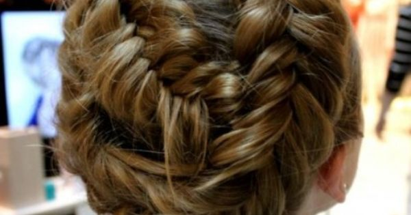 cute fishtail braid updo, this is beautiful I wish I knew how