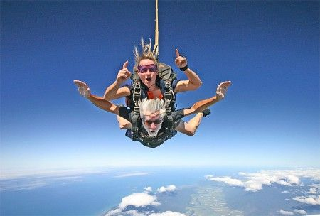 Be The First 85 Year Old Black Guy To Skydive Skydiving Travel Smile Everyday