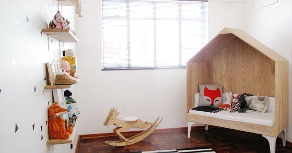 Nina 39 S Little House Nursery Nursery Tour Coin Lecture Chambres De B B Et Dans La Chambre
